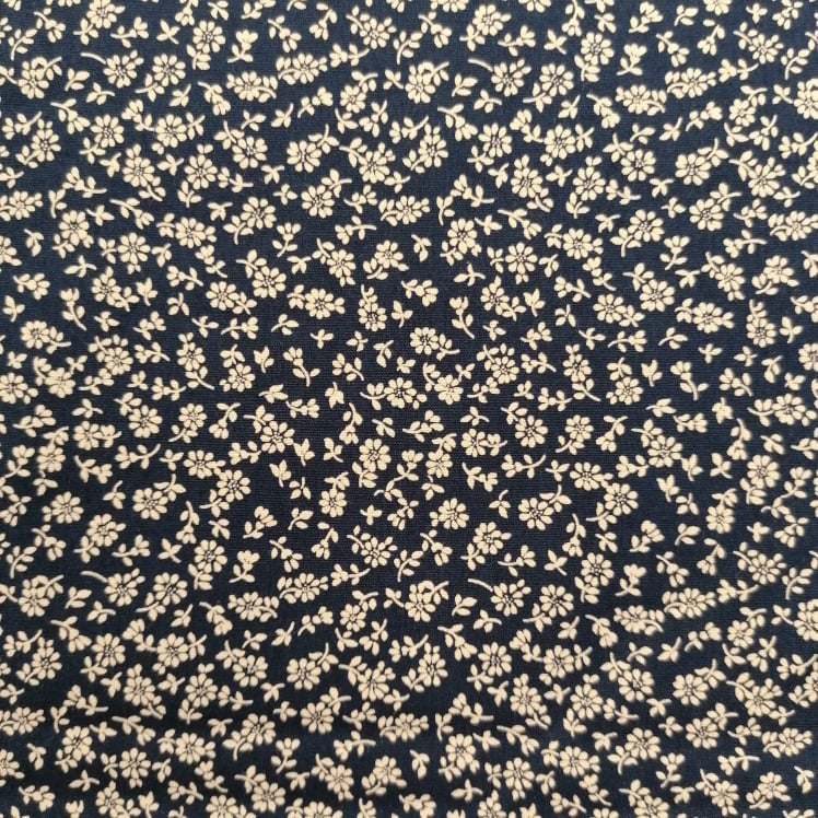 Fabric Freedom - Silhouette Floral - Daisies on Dark Navy Blue - 100% Cotton Fabric - 4470 - Patchwork & Quilting