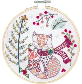 Gift Idea - Madam Fox Embroidery Kit by Un Chat dans L'aiguille