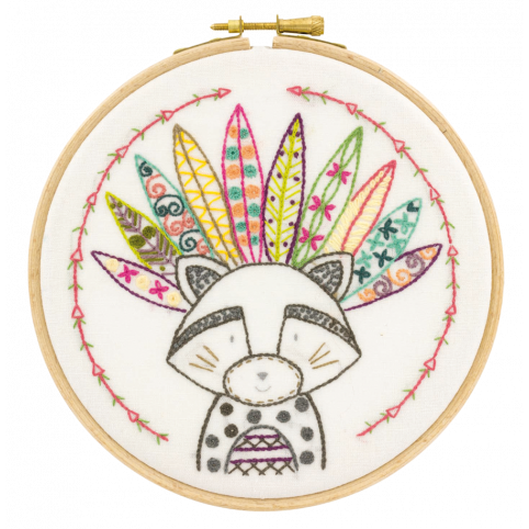 Gift Idea - Racoon Embroidery Kit by Un Chat dans L'Aiguille