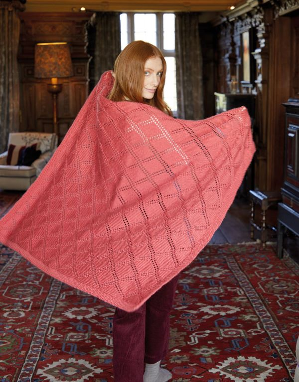 Knitting Pattern by Sirdar - Country Classic Worsted Diamond Trellis Afghan 10164