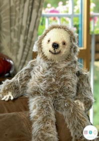 James C. Brett - Laid Back Larry The Sloth - Childrens Novelty Knitting Pattern - JB282