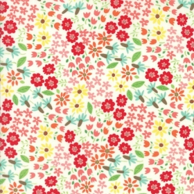 Farm Fun Flowers - Floral Cotton Material by Stacy Iest Hsu for Moda Fabrics - Patchwork & Quiltin